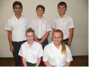 Grade 9: Front: Melindie Uys, Tatiana Argryropoulou Rear: Kuru Vansia, Brent du Toit, Jan-Karel Limbach(Toppresteerder)